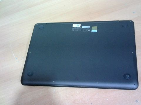ASUS UX305CA-FB109T LAPTOP