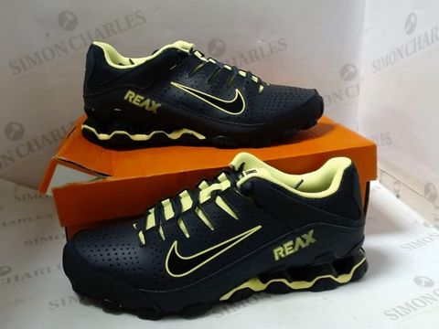 PAIR OF DESIGNER BOXED NIKE REAX 8 TVR TRAINERS SIZE UK 9