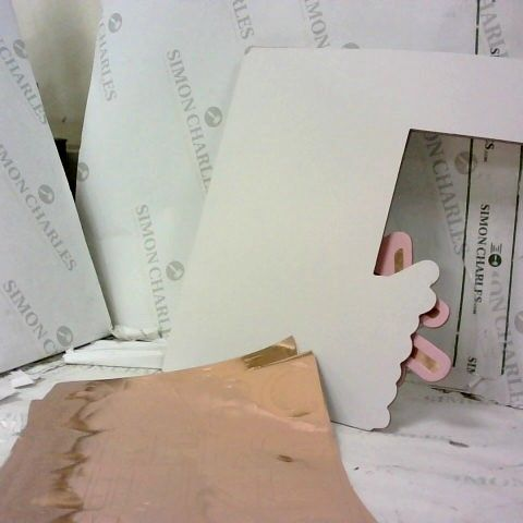 ROSE GOLD FOILED AND PINK OMBRE FOLD OUT PHOTO BOOTH FRAME