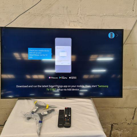 SAMSUNG QE43Q60TAUXXU 43 INCH OLED SMART TELEVISION