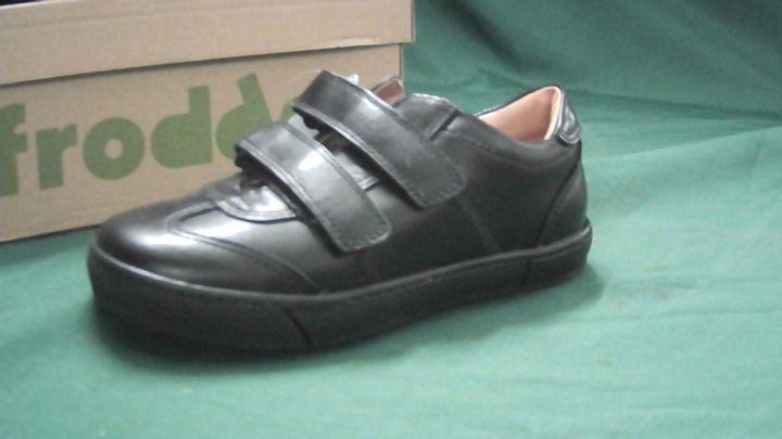 FRODDO BOYS SCOOL SHOES BLACK VELCRO UK SIZE 12.5 JNR