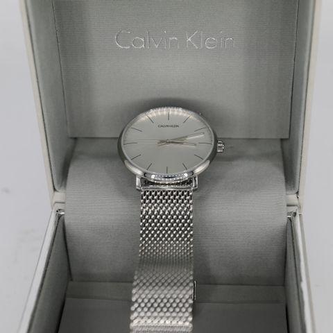 BRAND NEW BOXED CALVIN KLEIN HIGH NOON SILVER MESH WATCH
