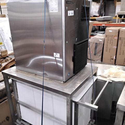 HOSHIZAKI ICE MAKER FM-480AKE-N-S-SB WITH STAND & TROLLEY