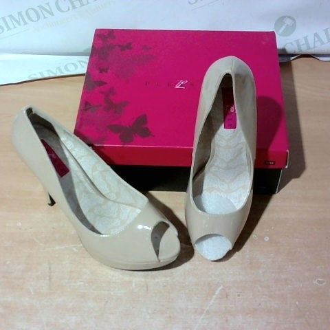 BOXED PAIR OF PLEASER HIGH HEELS SIZE UNSPECIFIED