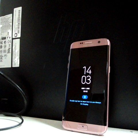 ROSE COLOURED GALAXY S7 EDGE SMARTPHONE