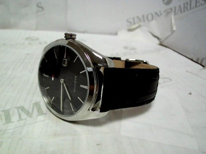 TOMMY HILFIGER THEO BLACK DIAL LEATHER STRAP WATCH