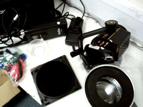 GODOX VL150 COB LED VIDEO LIGHT