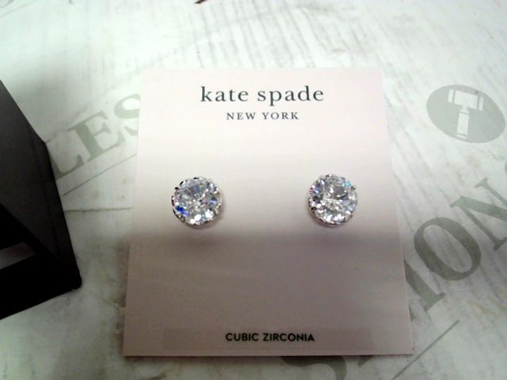 LOT OF APPROXIMATELY 5 PAIRS OF EARRINGS, TO INCLUDE KATE SPADE, ALL WE ARE & TOMMY HILFIGER