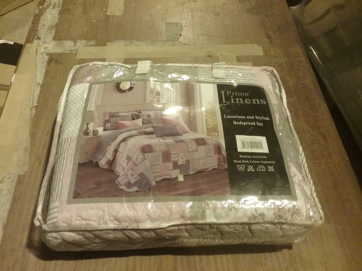 PRIME LINENS LUXURIOUS AND STYLISH BEDSPREAD SET