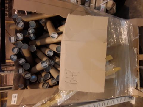 LARGE PALLET OF ERASABLE YEAR PLANNERS