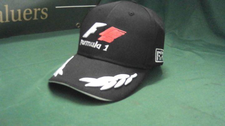 FORMULA 1 BLACK HAT