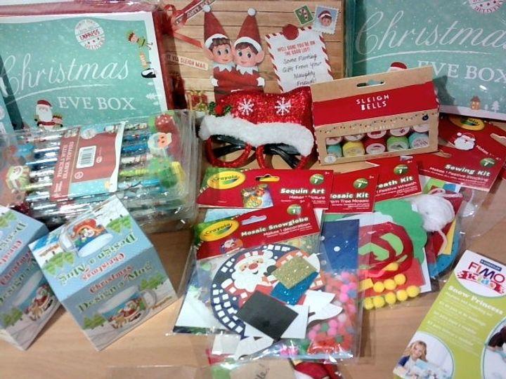ASSORTED SEASONAL CRAFTS CHRISTMAS EASTER BIRTHDAY