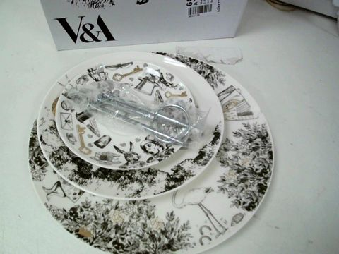 VICTORIA AND ALBERT ALICE IN WONDERLAND CHINA TEA CUP CAKE STAND