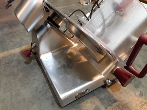 AVERY BERKEL ELECTRIC MEAT SLICER