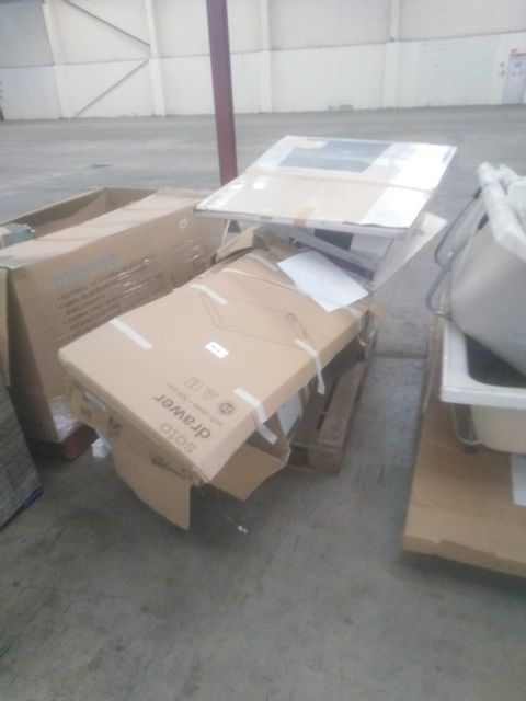 PALLET OF APPROXIMATELY 8 ASSORTED KITCHEN PRODUCTS TO INCLUDE;