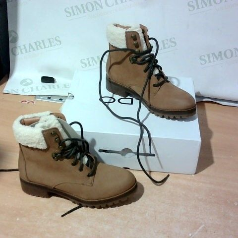 BOXED PAIR OF ALDO BOOTS SIZE 4
