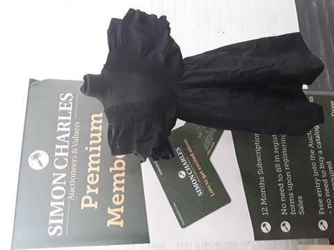 MISSGUIDED BLACK SKATER DRESS SIZE M