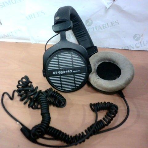 BEYERDYNAMIC DT 990PRO THE STUDIO LEGEND HEADPHONES