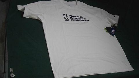 NIKE NATIONAL BASKETBALL ASSOCIATION WHITE T-SHIRT LARGE LOOSE FIT