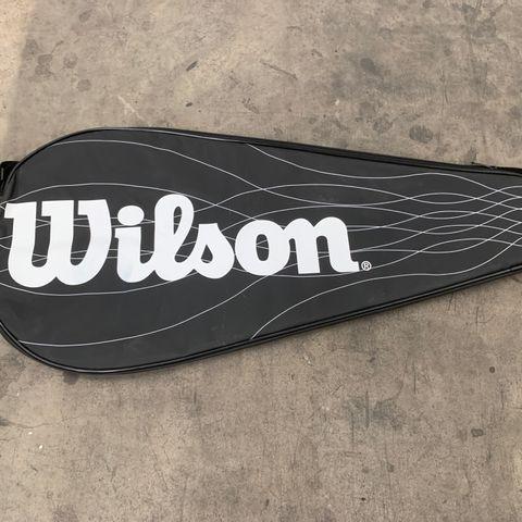 BLACK WILSON TENNIS COVER/ZIPPED CASE