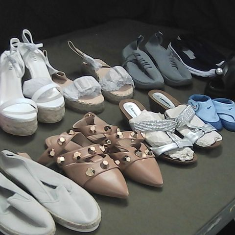 BOX OF APPROXIMATELY 15 ASSORTED PAIRS OF SHOES
