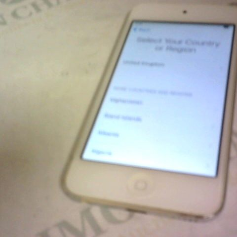 APPLE IPOD TOUCH MODEL A1421 - GREY