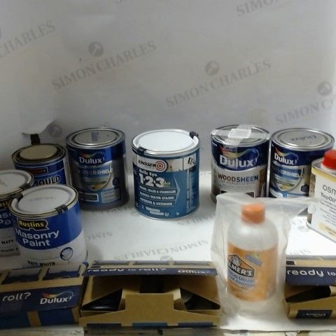 LOT OF ASSORTED ITEMS TO INCLUDE; PAINT, WOODSTAIN, PRIMER ETC