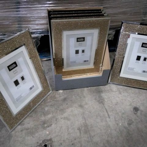 """PALLET OF APPROXIMATELY 80 CASES EACH CONTAINING 6 SOLID GLITTER GLASS FRAMES 7"""" × 5"""""""