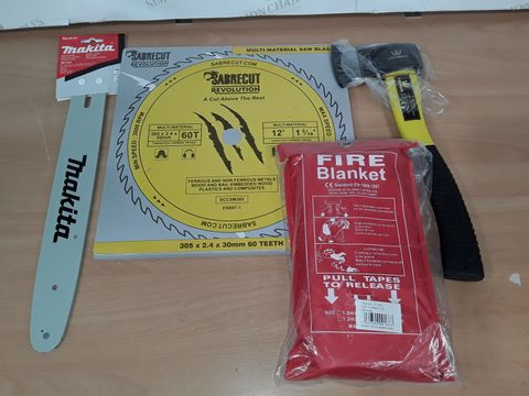 LOT OF 4 ASSORTED DIY ITEMS TO INCLUDE TOPWAY AXE,  SABRECUT BLADES AND FIRE BLANKET 1X1M