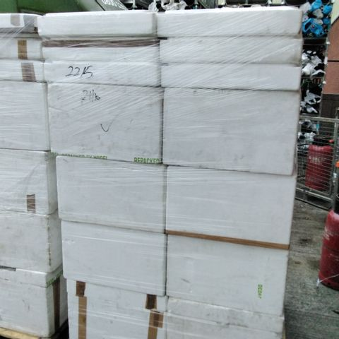 PALLET OF APPROXIMATELY 16 POLYSTYRENE COOL BOXES WITH LIDS
