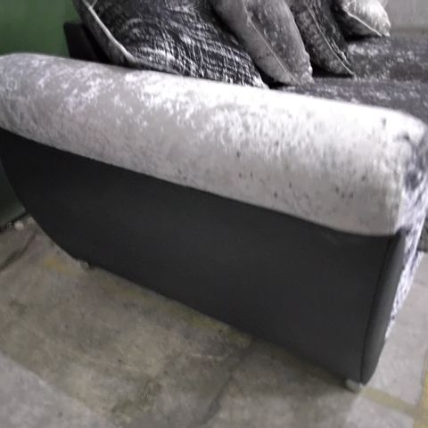 DESIGNER BLACK FAUX LEATHER & SILVER FABRIC FIXED THREE SEATER SOFA WITH SCATTER CUSHIONS ON CHROME FEET