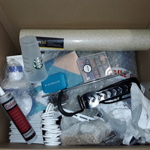 LARGE QUANTITY OF ASSORTED HOUSEHOLD ITEMS TO INCLUDE WALLPAPER, SILICONE AND COAT HANGERS