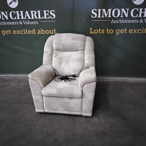 QUALITY G PLAN MILTON CHEQUERS PUTTY FABRIC POWER RECLINING EASY CHAIR