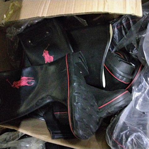 BOX OF APPROXIMATELY 10 PAIRS OF ASSORTED POLO STYLE WELLIES