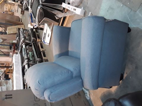 DESIGNER GREY FABRIC PUSHBACK RECLINING ARMCHAIR WITH BUTTON DETAILING