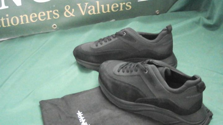 MANIERE DE VOIR BLACK SUEDE TRAINERS UK SIZE 10