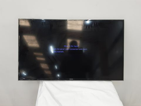 SAMSUNG SERIES 6 H6400 40-INCH WIDESCREEN FULL HD SMART TELEVISION