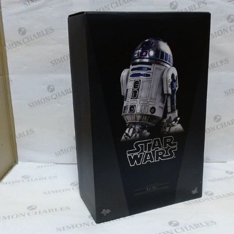 STAR WARS MMS408 R2-D2 1/6TH SCALE COLLECTIBLE REPLICA FIGURE