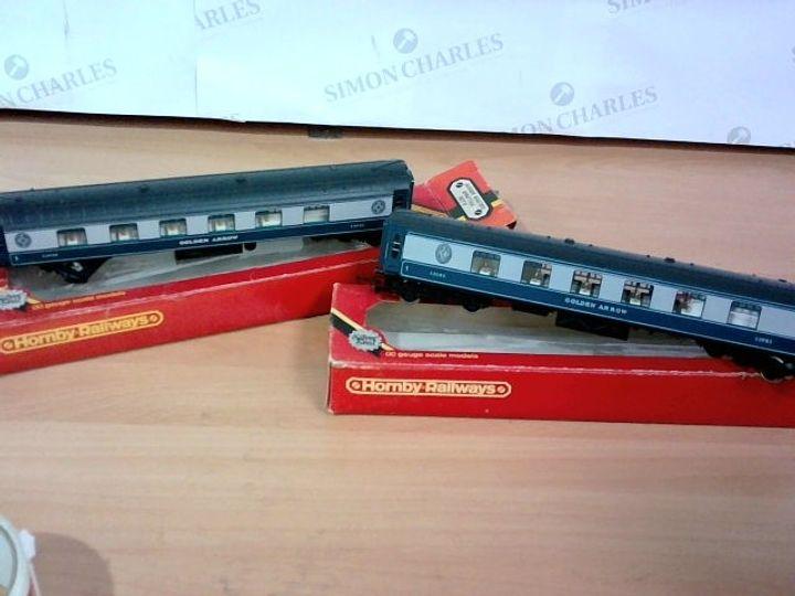 HORNBY RAILWAYS 00 GAUGE SCALE MODELS - R.230 PULLMAN GOLDEN ARROW X 2