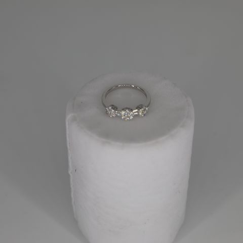 18CT WHITE GOLD DRESS RING SET WITH DIAMONDS WEIGHING +0.58CT