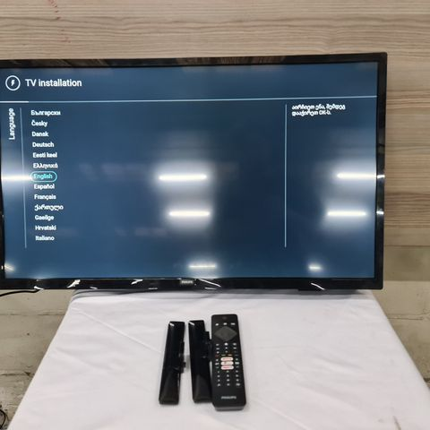 PHILIPS 32PFS6805 32 INCH FULL HD LED SMART TELEVISION