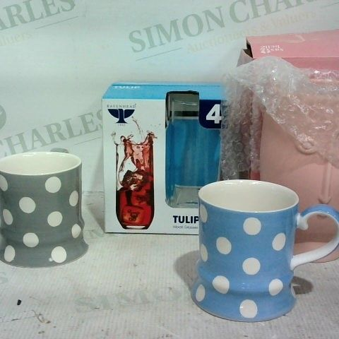 LOT OF APPROX. 10 ASSORTED ITEMS TO INCLUDE: PACK OF 4 TULIP HIGH CLASSES, SPOTTED MUGS, SASS & BELLE LARGE FACE VASE