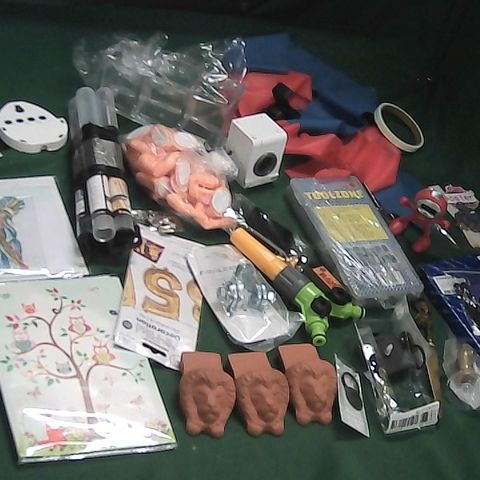 SMALL BOX OF ASSORTED ITEMS TO INCLUDE ASSORTED SPRINGS, FINGER WALL HOOKS, KITCHEN TIMER