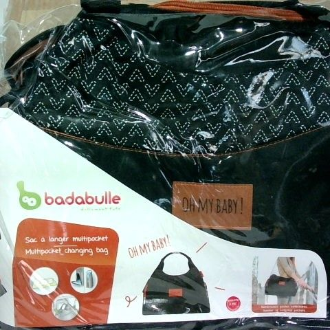 BRAND NEW BADABULLE - CHANGING BAG WITH POCKETS AND ACCESSORIES INCLUDED BLACK - BOX OF 4