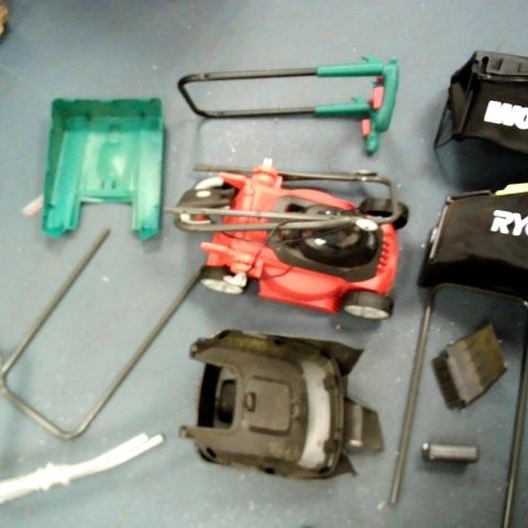 ASSORTED LOT OF GARDEN EQUIPTMENT INCLUDING FLYMO EASISTORE LOWNMOWER, PARTS AND ACCESORIES