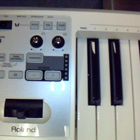 ROLAND A-49 MIDI KEYBOARD CONTROLLER, 49 FULL-SIZE KEYS - PEARL WHITE