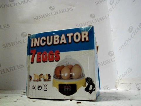 BOXED 7 EGGS INCUBATOR