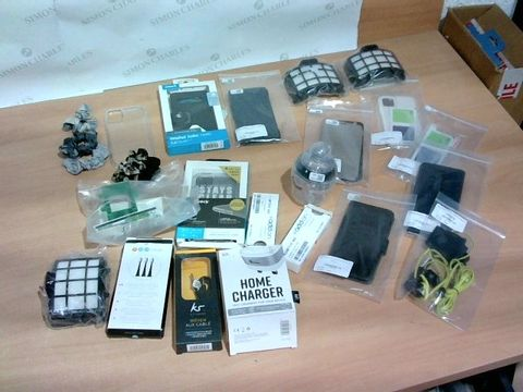 LOT OF APPROXIMATELY 22 ASSORTED ELECTRICAL AND ACCESSORY ITEMS TO INCLUDE PHONE CASES, KIT: HOME CHARGER, WOVEN AUX CABLE ETC