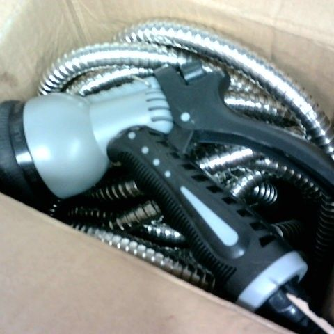 GARDEN GEAR STAINLESS STEEL HOSE AND NOZZLE 50FT