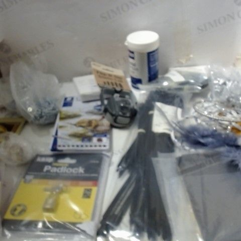 LOT OF ASSORTED HOUSEHOLD ITEMS TO INCLUDE; PADLOCK, CABLE TIES, TEA TOWEL ETC
